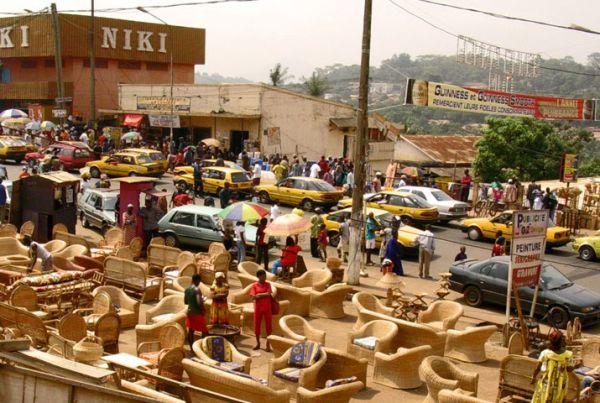 Taxi gialli a Yaounde
