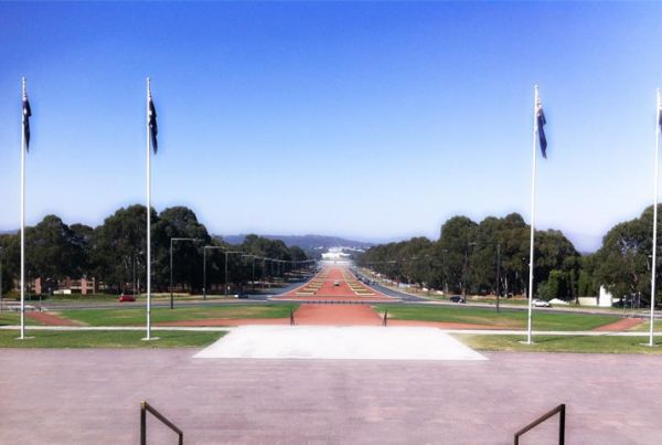 canberra-2-800